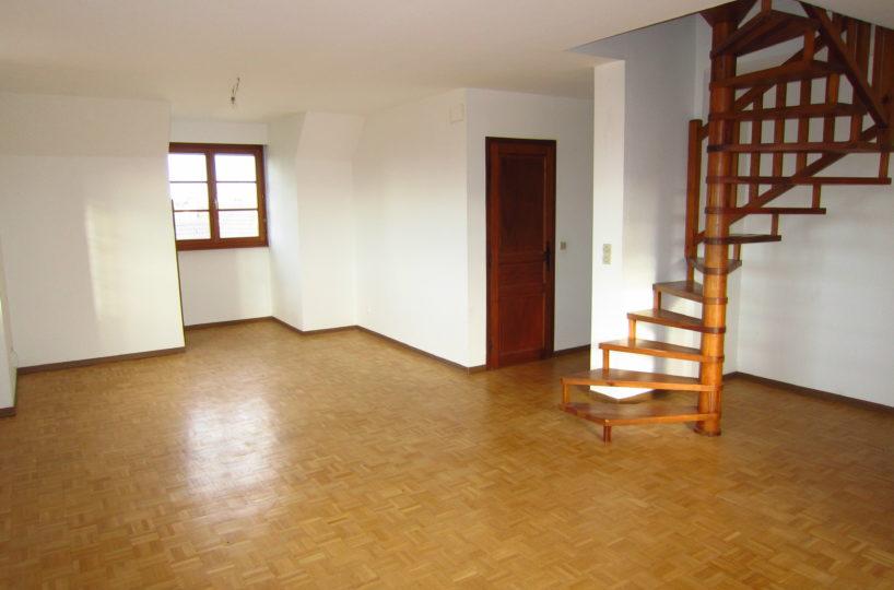 Ittenheim duplex 3 4 p 100 m garage cuisine for Location garage lingolsheim